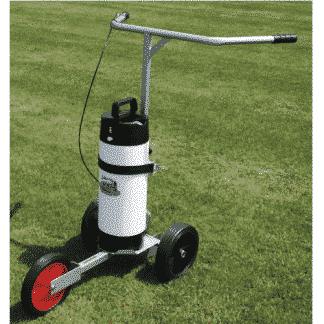 Traceuse à pulvérisation pour terrain en herbe